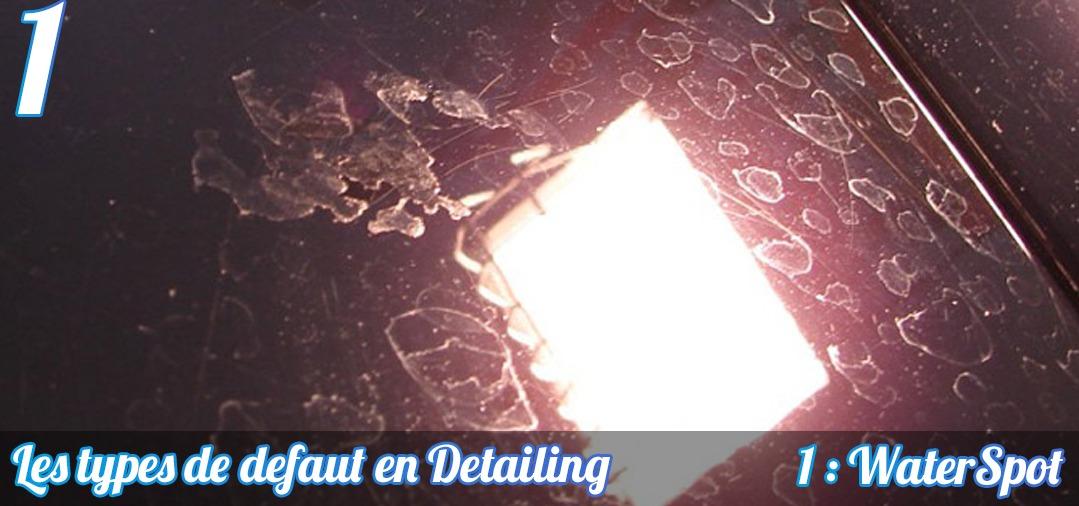 WaterSpot ou traces d'eau sur une peinture foncée. Les minéraux créent des marques sur la peinture