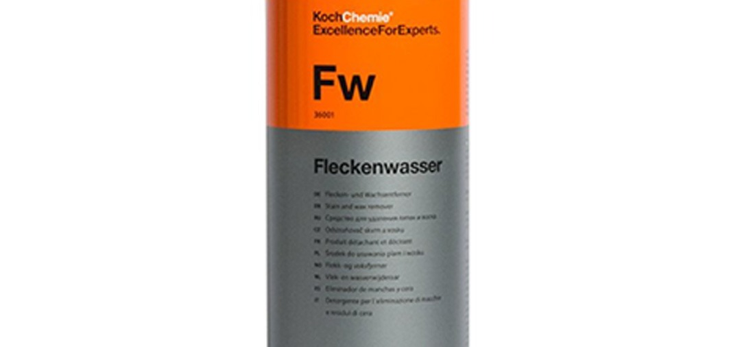 KochChemie Fleckenwasser est un cleaner (à base d'alcool IPA). développé pour supprimer les résidus d'huiles, filers et traces de polish de la carrosserie ...