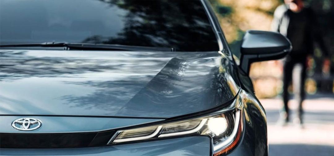 Le lavage sans contact : le mieux pour les surfaces de vos véhicules