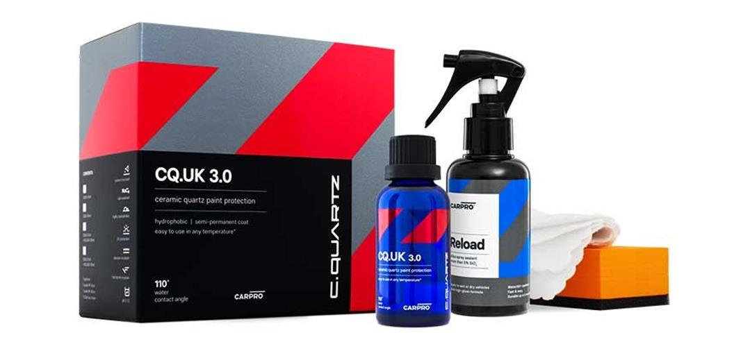 Le traitement céramique CarPro Cquartz dans le KIT complet UK Edition 3.0 avec RELOAD applicateurs et microfibres