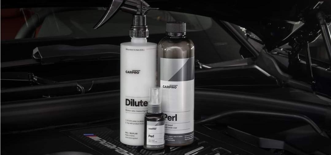 CarPro PERL Dressing pour les pneus, plastiques (pare-chocs, grilles de calandres) et compartiment moteur